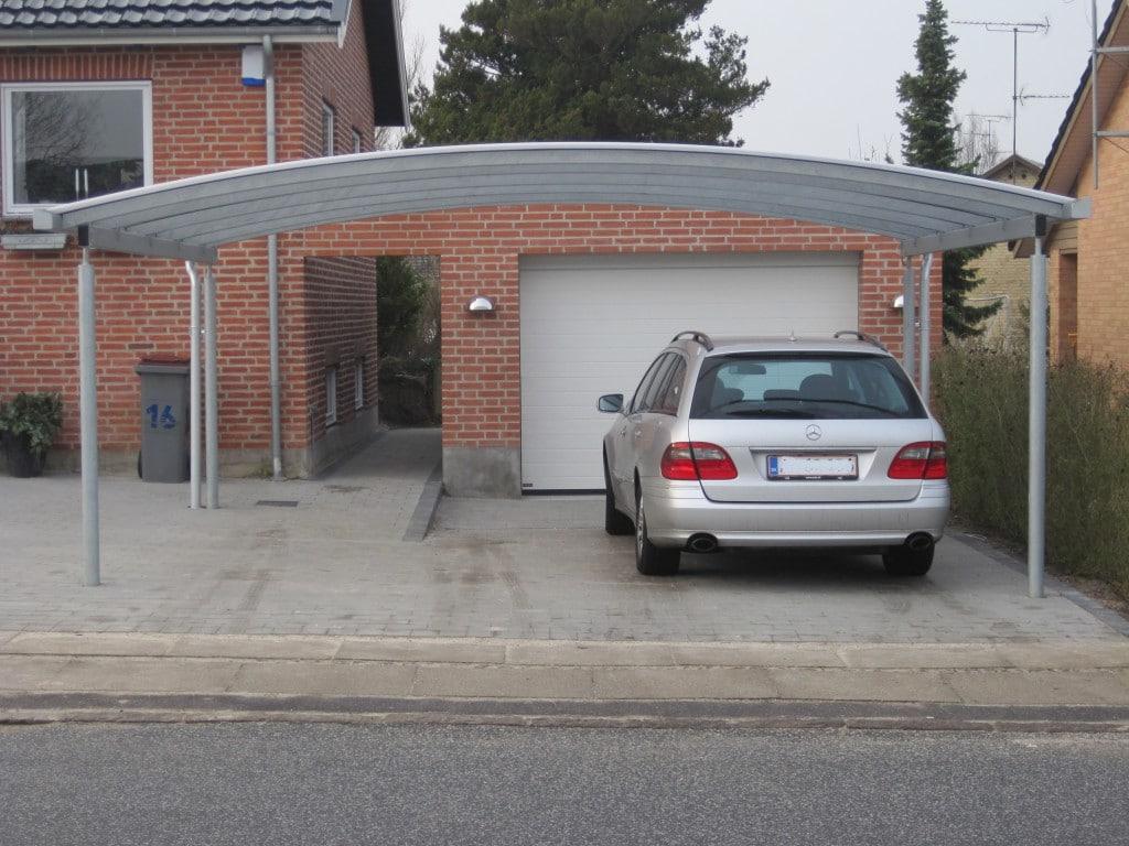 Stahlcarport gebogenes Dach